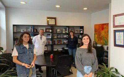 Dos alumnas de Bachillerato lideran un proyecto de fomento de la lectura y sostenibilidad medioambiental para la Región de Murcia